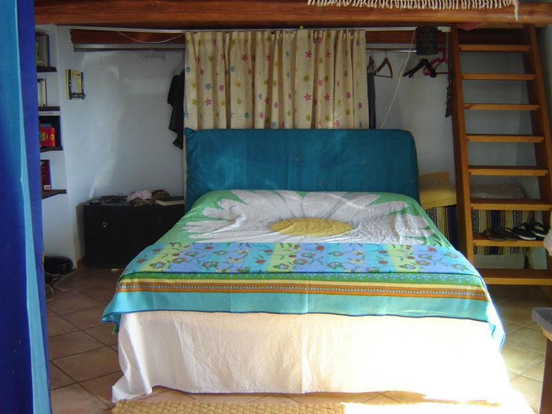 casetta-eoliana-letto